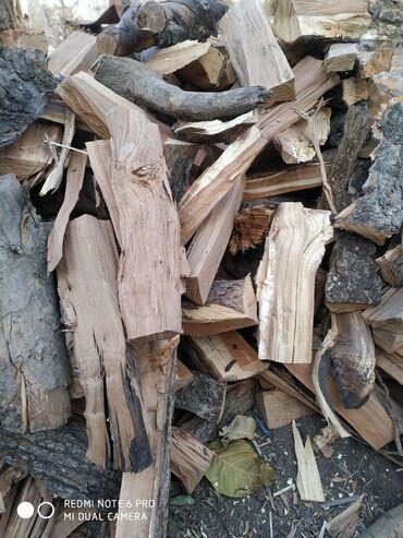 Уголь и дрова - Кемин: Продаю дрова сухие яблоня, груша 1-куб 2500+доставка