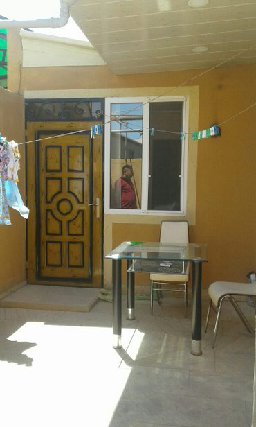 ev alqi satqisi baki 2 otaqli - Azərbaycan: Satış Evlər : 90 kv. m, 2 otaqlı