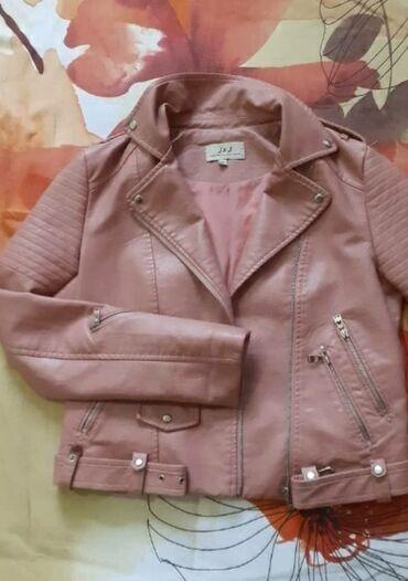 Kožna jakna u XL veličini. Kupljena je u pogrešnoj veličini, nije puno
