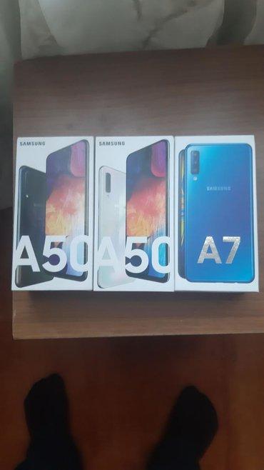 İşlənmiş Samsung A7 128 GB sarı