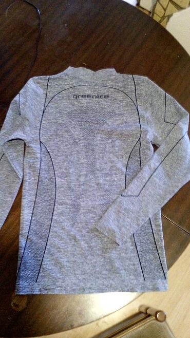Sportska activ majica M, oprana - nenošena
