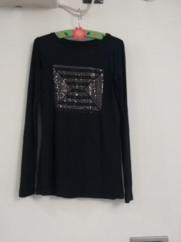 Legend, xs, crna majica sa elastinom dobijena na poklon - Pozega