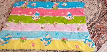 Одеяло детское, размер 130 на 100, пододеяльник и простынь в подарок