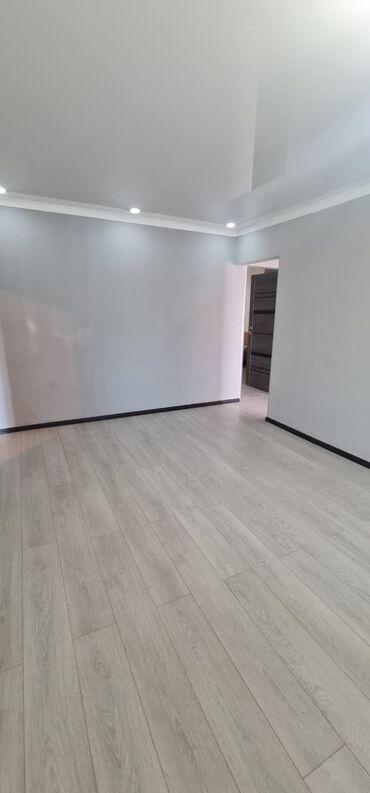 купить авто бу внедорожник в Кыргызстан: 3 комнаты, 62 кв. м С мебелью, Кондиционер, Парковка