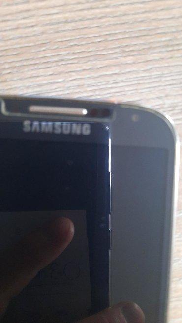 Mobilni telefoni - Vrsac: Upotrebljen Samsung Galaxy S4 crno