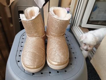 Dečije Cipele i Čizme - Arandjelovac: UGG ORIGINAL VEL 30 Duzina unutrasnjeg gazista je 18cm