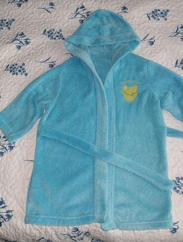 махровые халаты бишкек in Кыргызстан   ДОМАШНИЕ КОСТЮМЫ: Продаю халат детский махровый, на 3-5 лет. Состояние хорошее. Цена 200