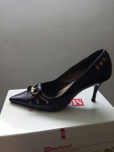 Женские туфли, 39 размер
