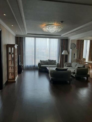 shvejnuju mashinku podolsk 142 s tumboj в Кыргызстан: Сдается квартира: 4 комнаты, 142 кв. м, Бишкек