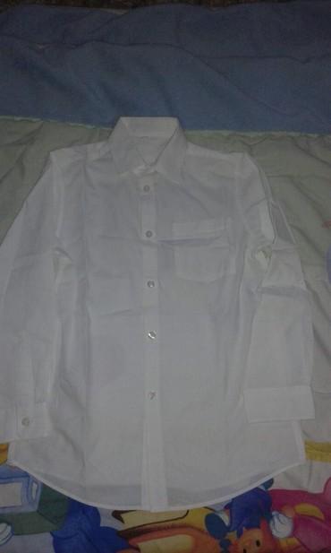 Ostala dečija odeća | Smederevo: Bela kosulja za decake br. 140 kao nova.Duzina rukava 47.5cm.Duzina