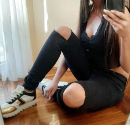 Crne pantalone uske - Srbija: Crne pantalone sa cepanim kolenima 🛍 Made in ItalyCrne uske skroz