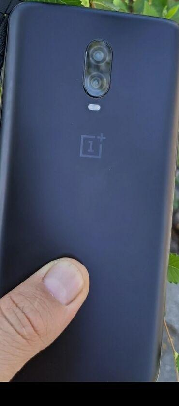 OnePlus 6t 8-256 Гб топовый тянет всё игры максимальную графику