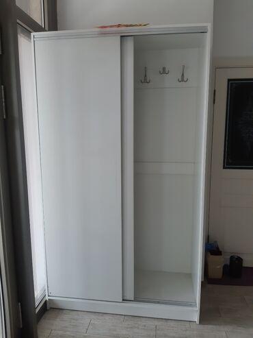 Шкаф для салона. Новый качественный