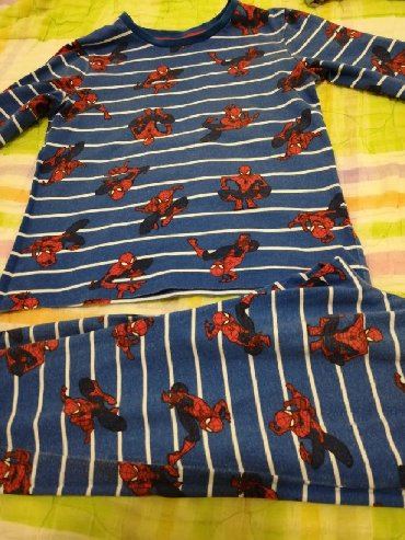 Ostala dečija odeća | Crvenka: C&A pidžamica za decaka br 116, očuvana lepo