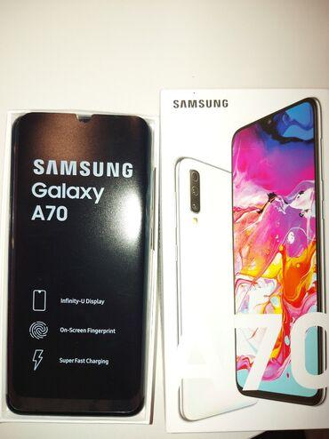 Mobilni telefoni - Paracin: Samsung Galaxy A70, malo korišćen!