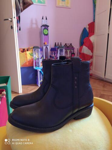 Dečije Cipele i Čizme - Crvenka: Kaubojke za devojčice br 33,kožne ug 21,jednom obuvane u savršenom