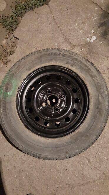 r13 диски в Кыргызстан: Продаю железный диск на ваз разболтовкс если не ошибаюсь 4.100 резина