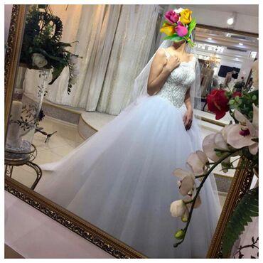 кыргызские национальные свадебные платья в Кыргызстан: Срочно продаю свадебное платье.  Шикарное  Покупали новое в свадебном
