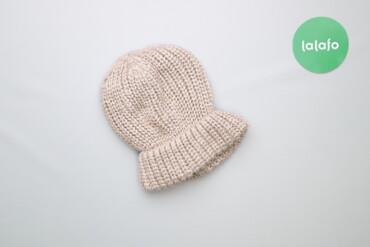 Тепла зимова шапка    Колір бежевий Довжина 23 см Напівобхват 18.5 см