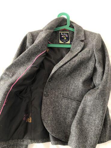Пиджак английской фирмы Boden. Состояние отличное! Новый, не ношенный