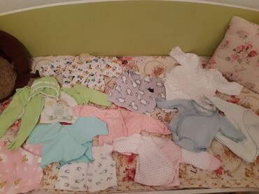Вещи для новорождённого в шикарном состоянии