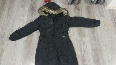 Ostalo - Beograd: Zenska jakna L velicina dugacka do kolena i jako topla samo je mana