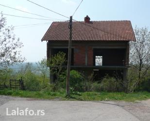 Prodajem kucu u pozarevcu (varosko brdo - kruska) - Novi Sad