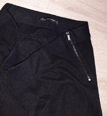 Crne pantalone uske - Srbija: ZARA PANTALONE PLIŠ VELUR MEKANE, USKE VISLJI STRUK SA CIBZARIMA NA NO