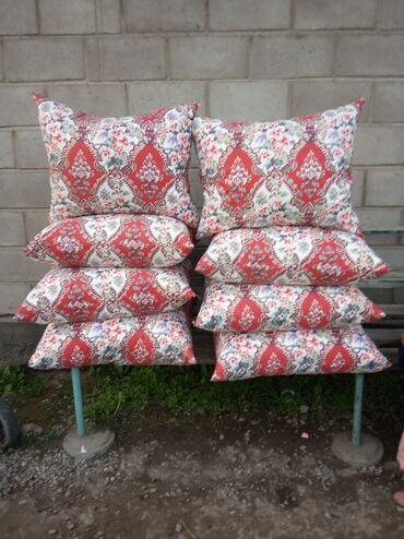 Личные вещи - Буденовка: Срочно продаю подушки пуховые ручная работа новый