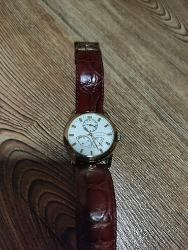 компак ноутбук в Кыргызстан: Продаю часы оригинал.Возможен обмен на сотовый телефон,или хороший