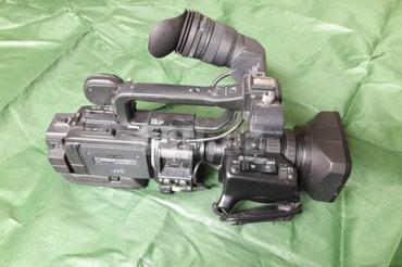 видеокамера в Азербайджан: Профессиональная видеокамера JVC GY-HD111. Состояние хорошее