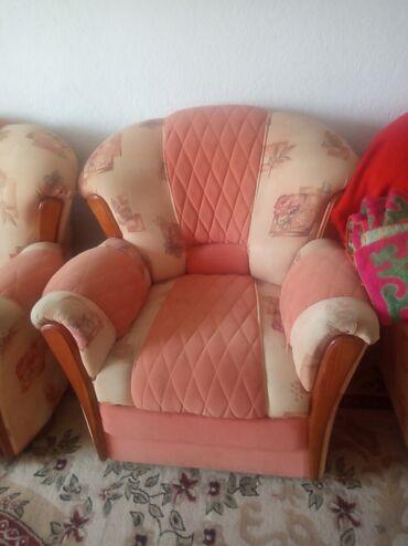 21 объявлений: Диван два кресла