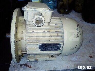 Elektrik malları - Azərbaycan: Двигатель ассинхронный, Тип 4АМ71А2-ОМ2. Новый. СССР.3-фазный 50Hz