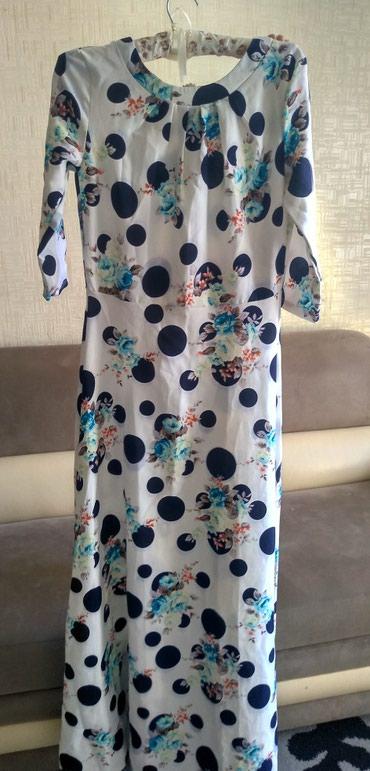 Платье длинное размер стандарт, почти новое. в Бишкек