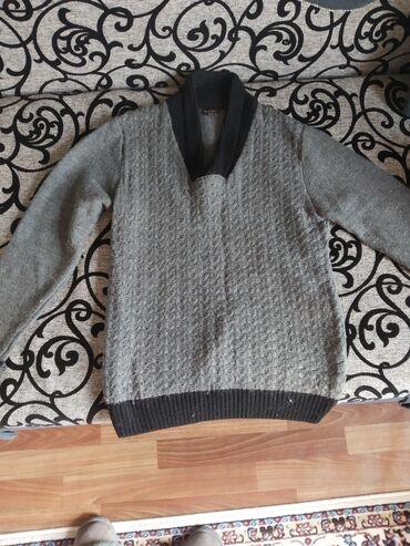 Продаю очень тёплый мужской свитер уступ