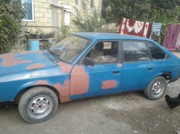 Bərdə şəhərində Moskvich 2141 1990