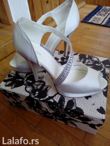 Bele satenske elegantne sandale nosene jedanput par sati. Prelepo stoj - Pancevo