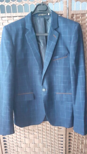 Продаю пиджак,кочество отличное,размер 50