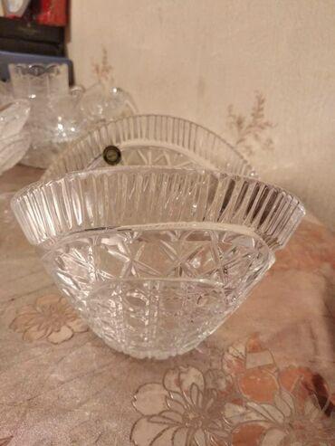 Вазы - Кыргызстан: Новые хрустальные вазы для конфет, салат итд,, цена за пару