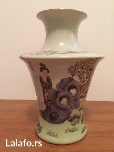 Ručno oslikana porcelanska kineska vazna - Beograd