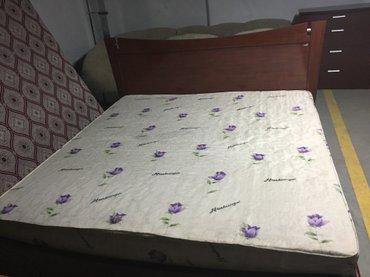 продаю двухспальнцю кровать! в отличном состоянии+ матрас! в Бишкек