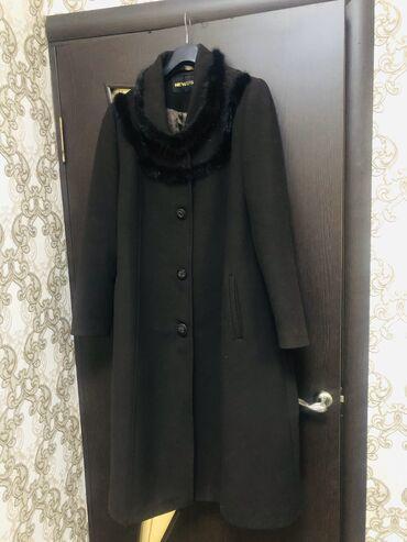 женская пальто в Кыргызстан: Пальто женское, в идеальном состоянии, одето 2 раза на мероприятие
