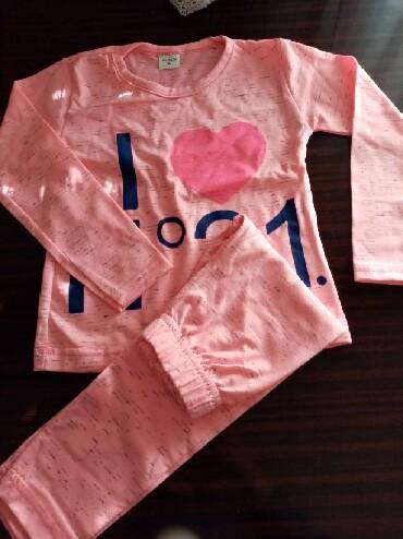 Ostala dečija odeća | Lebane: Kompleti za devojčice vel 4.nov