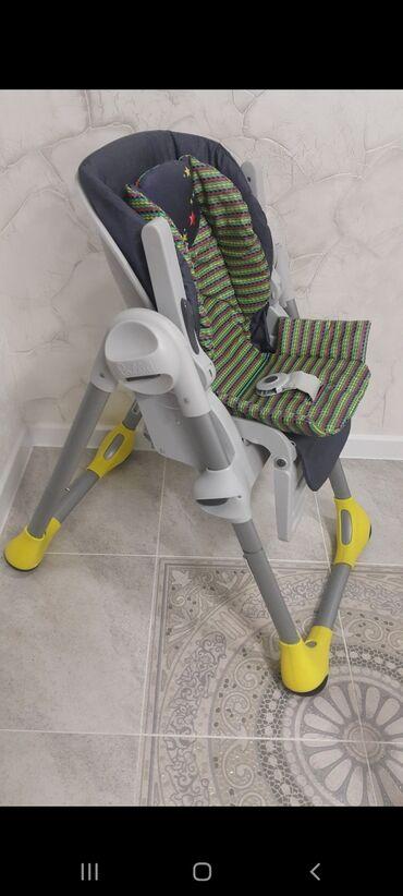 Детский стульчик для кормления. В хорошем состоянии. Фирма Чикко
