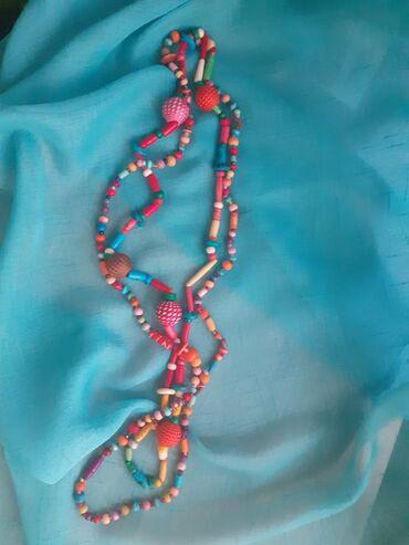 Dve rucno rađene ogrlice novo