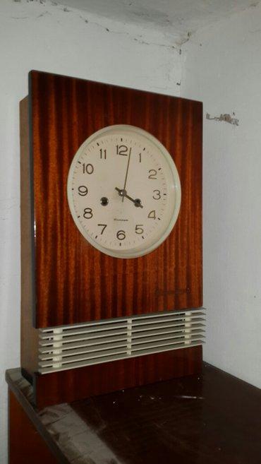 Bakı şəhərində Qedim saat her 15-30deq den bir qeyd dinq-dunq