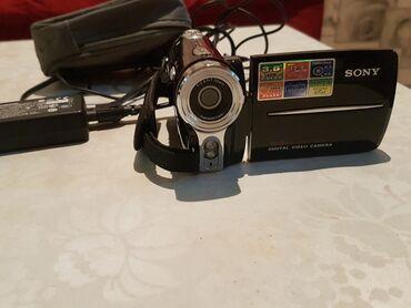 sony mega bass в Кыргызстан: Видеокамера Sony. За 3200сом  #видеокамера #sony #видеокамерасони