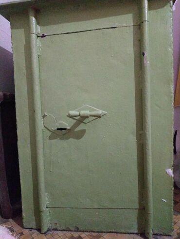 Сейфы - Кыргызстан: Продаю сейф мощный, толстый, тяжёлый, суперпрочный. Или меняю на хо