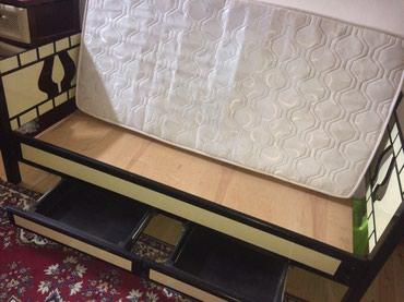 Кровать в идеальном состояние в пользовании полгода . в Bakı