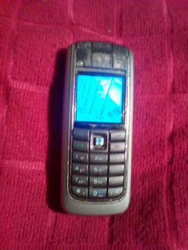 Nokia,radi na svim mrezama,sa punjacem